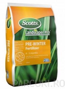 poza Ingrasaminte profesionale Everris (Scotts) Pre Winter, sac 15kg, NPK 14:5:21+2MgO, gama Landscaper-Pro