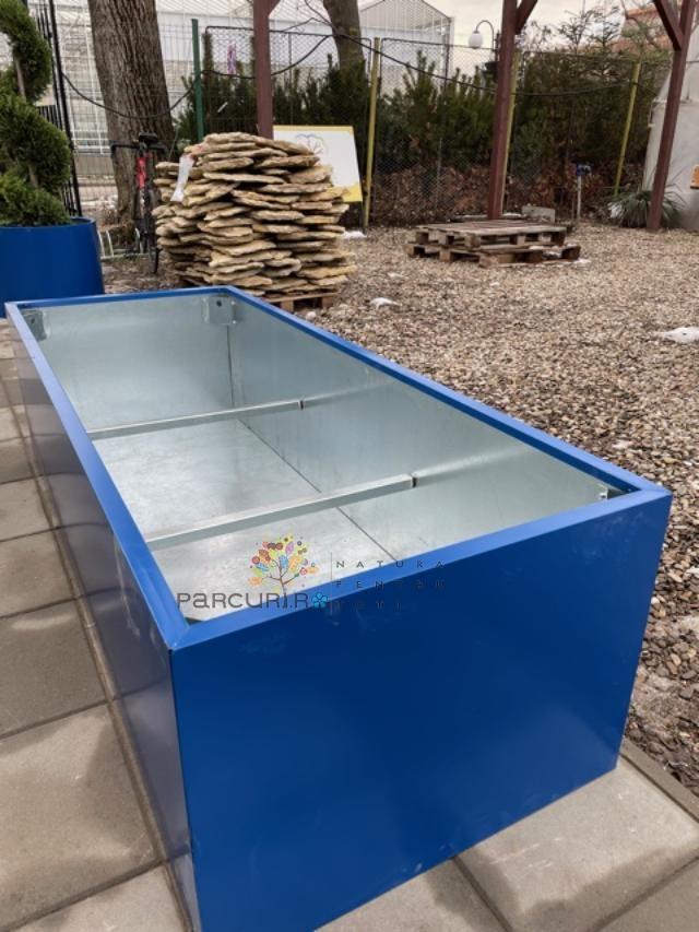 Jardiniere metalice Jumbo xxl din elemente galvanizate la interior si tabla in culori RAL pe exterior