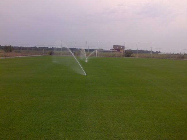 Irigatii pentru terenuri de sport: fotbal, golf, si alte terenuri sportive