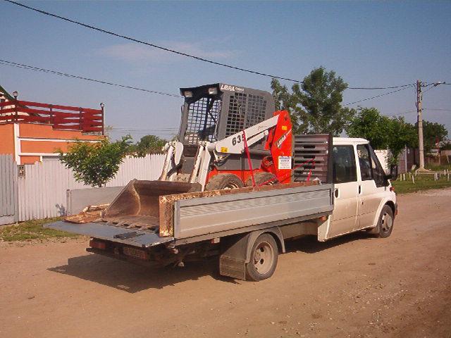Transport utilaje de incarcare si manipulare pamant, nisip, pietris, zapada. Utilaje si masini de deszapezire.
