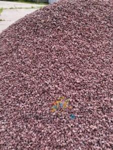 poza Pietris decorativ rosu (8-20 mm) din piatra ornamentala concasata - saci 40 kg