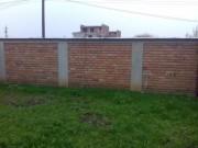 Galerie foto Gard din caramida cu stalpi din beton armat