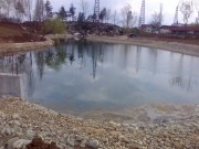 Galerie foto Lac artificial de gradina cu dimensiuni foarte mari si cadere de apa, cascada de inaltime mare