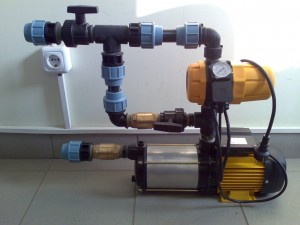 Poza Hidrofor cu presostat electronic si pompa de suprafata cu debit de 116 litri/minut