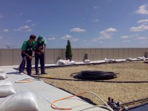 Poza Montaj / pozare tuburi PEHD (tevi de apa) pentru sistemele de irigatii de gradina
