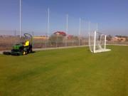 Galerie foto Intretinerea gazonului de pe terenurile de fotbal